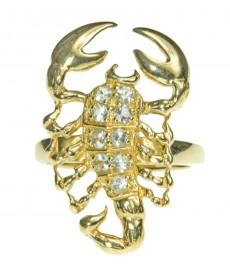 Skorpion Talisman als Schmuck mit Ring aus Gold